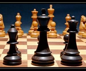Το επικείμενο ματ στην σκακιέρα των τραπεζών