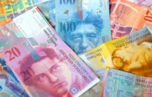 Καταστροφή για 70.000 δανειολήπτες σε ελβετικό φράγκο