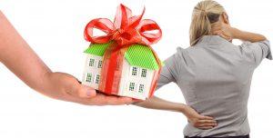 Aποποιούνται περιουσίες και κληρονομιές λόγω φορολογίας και οφειλών