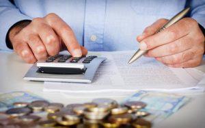 Ποιοι μπορούν να ενταχθούν στην εξωδικαστική ρύθμιση χρεών προς Ταμεία, εφορία, τράπεζες