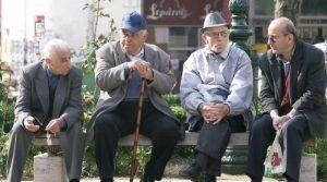 Οκτώ στους δέκα συνταξιούχους δεν μπορούν να ζήσουν